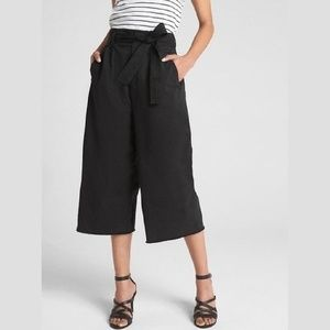 GAP High Rise Wide-Leg Cropped Pants